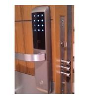 Yale YDM3168 Kartlı ve Şifreli Monoblok Çelik Kapı Kilidi